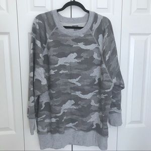 American Eagle Camo Sweatshirt